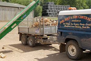 Phil Holt log deliveries in Herts, Beds & Bucks